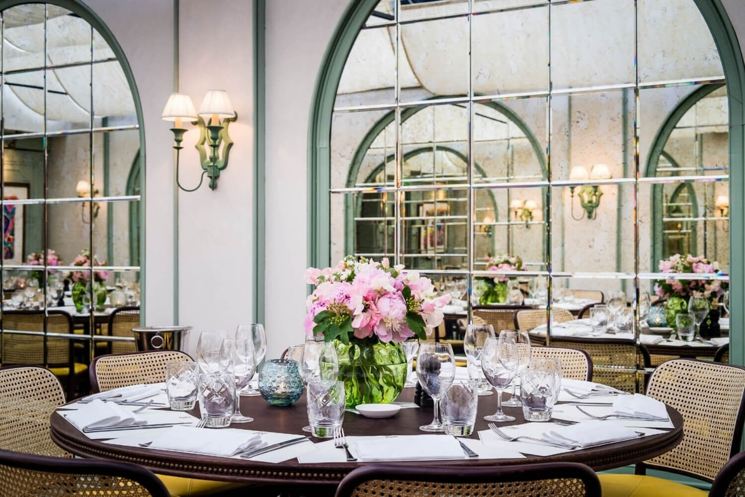 Daphne's is the ideal restaurant for special occasions in Kensington